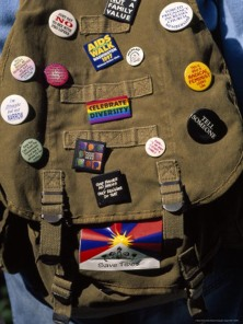 backpack buttons